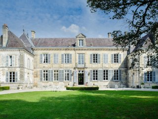 14 bedroom Chateau with WiFi - 5049753