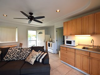 Waimanalo Beach Cottage 3 We offer 9 cottages
