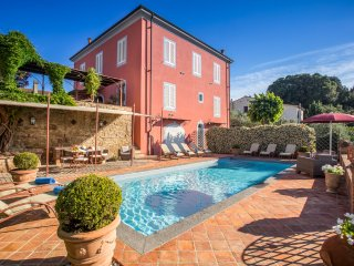 5 bedroom Villa in Fabbrica, Tuscany, Italy : ref 5049081