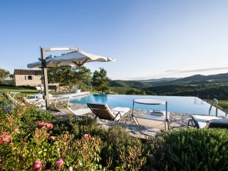 5 bedroom Villa in Lecchi, Tuscany, Italy : ref 5049068