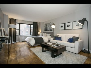 New York - Deluxe Vacation Rental - 4 Guests