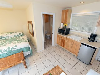 Waimanalo Beach Cottage #9 We offer 9 cottages