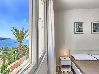 Apartment 2+1 Lozovina Trogir (Seget Donji)