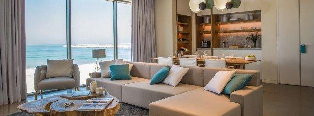 Nikki Beach Resort & Spa Living And Dining Room