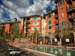 Canyons Village 2BR Steps from the Gondola and Near All Resort Amenities