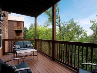 The Lodges at Great Smoky Mountain - Two Bedroom CR