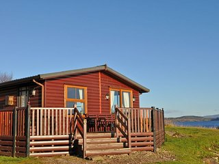 A466E Log Cabin in Lochgilphea