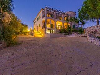 SON QUELLES - Villa for 22 people in Felanitx