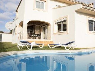 LINARES :) Confortable villa para 8 personas en Puerto de Alcudia. AC y WiFi gra