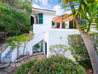 NAPOLS :) Elevada casa para 6 personas en Alcanada, Alcudia. Wifi gratis