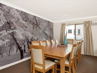 Antlers - Large 5 Bedroom House centrally located in Jindabyne