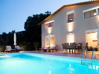 Early Bird Offer :THREE BEDROOM VILLA IN LIGIA LEFKADA, IDEAL FOR FAMILIES