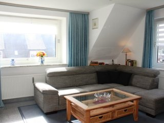Stylish apartment with garden and WiFi on the island Sylt, in Germany