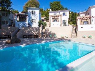 Villa Emerald-Three bedroom Villa with a wonderful view over the Aegean
