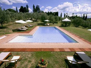3 bedroom Apartment in Florence, Tuscany, Italy : ref 5484283