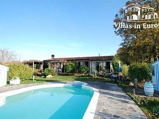 3 bedroom Villa in Monticiano, Tuscany, Italy : ref 5484225