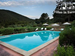 6 bedroom Villa in Lucca, Tuscany, Italy : ref 5484202