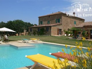 8 bedroom Villa in Pienza, Tuscany, Italy : ref 5484195