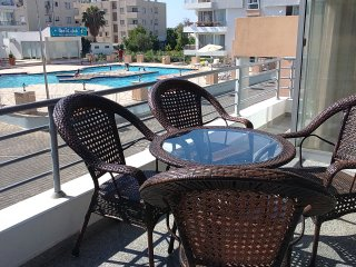 Kyrenia. RiX. Soft Apartment. 3-bedrooms apartment in the center.