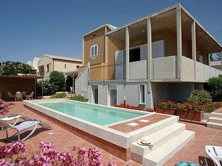 3 bedroom Villa in Marina di Modica, Sicily, Italy : ref 5484050