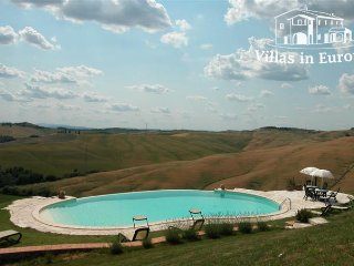 2 bedroom Apartment in Asciano, Tuscany, Italy : ref 5484070
