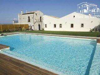 3 bedroom Villa in Rosolini, Sicily, Italy : ref 5483956