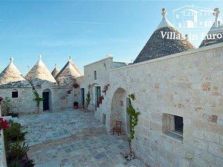 5 bedroom Villa in Le Lamie di Olimpe, Apulia, Italy : ref 5484022