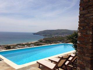 Eleagnos. Luxurius Cycladic villa, amazing sea view and private swimming pool