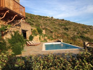 Eleagnos. Luxurius Cycladic villa, amazing sea view and private swimming pool