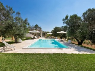 496 Luxury Villa with Pool in Pescoluse