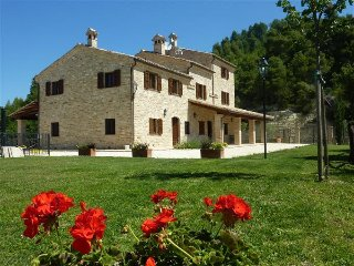 5 bedroom Villa in Croce Rossa, The Marches, Italy : ref 5483790