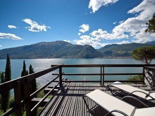 6 bedroom Villa in Varenna, Lombardy, Italy : ref 5483645