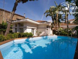 5 bedroom Villa in Sorrento, Campania, Italy : ref 5483596