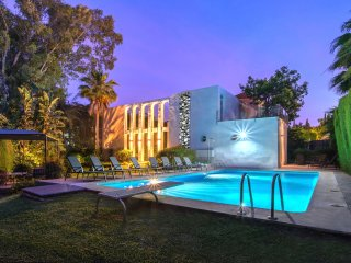 Exclusive property contemporary style, in Nueva Andalucia Marbella, just in fr