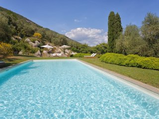 Il Prato Villa Sleeps 10 with Pool Air Con and WiFi - 5481156