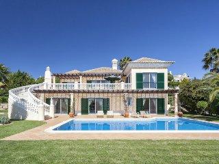 5 bedroom Villa in Vale do Lobo, Faro, Portugal : ref 5480276