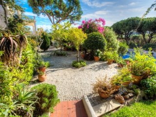 Vale do Lobo Villa Sleeps 9 with Pool Air Con and WiFi - 5480228
