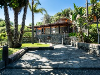 4 bedroom Villa in Santa Tecla, Sicily, Italy : ref 5479456