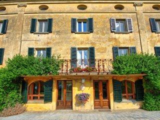 8 bedroom Villa in Santa Lucia, Umbria, Italy : ref 5479271