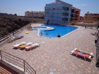Comfortable and quiet apartment in Callao Salvaje, sleeps 4.