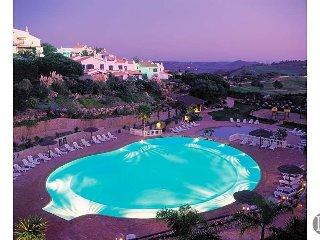 Budens Villa Sleeps 8 with Pool - 5478171