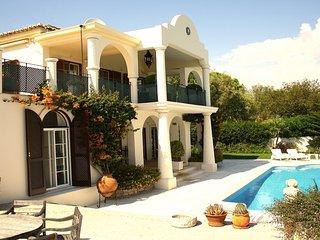 Villa Sapphire - New!
