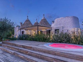 4 bedroom Villa in Ostuni, Apulia, Italy : ref 5475824
