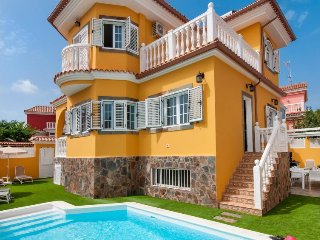 4 bedroom Villa in Maspalomas, Canary Islands, Spain : ref 5473242