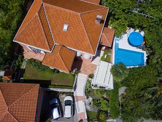 4 bedroom Apartment in Mlini, Dubrovacko-Neretvanska Zupanija, Croatia : ref 547