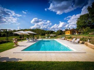 6 bedroom Villa in San Piero a Sieve, Tuscany, Italy : ref 5457459