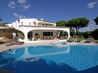 6 bedroom Villa in Quinta do Lago, Faro, Portugal : ref 5456798