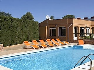Jerez de la Frontera Villa Sleeps 20 with Pool Air Con and WiFi - 5080246
