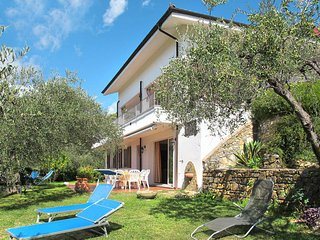 7 bedroom Villa in Diano Castello, Liguria, Italy : ref 5443904