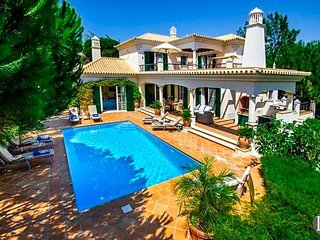 5 bedroom Villa in Vale do Lobo, Faro, Portugal : ref 5433509